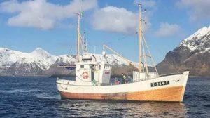 Fishingboat in Lofoten