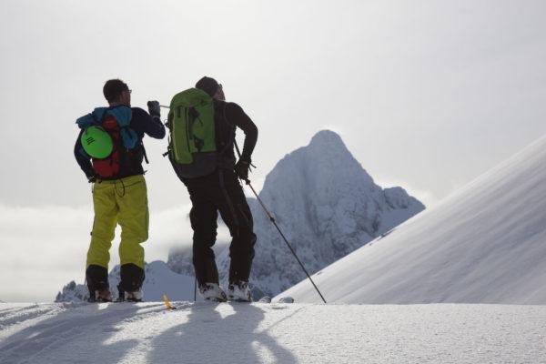 Turists skiing in Lofoten